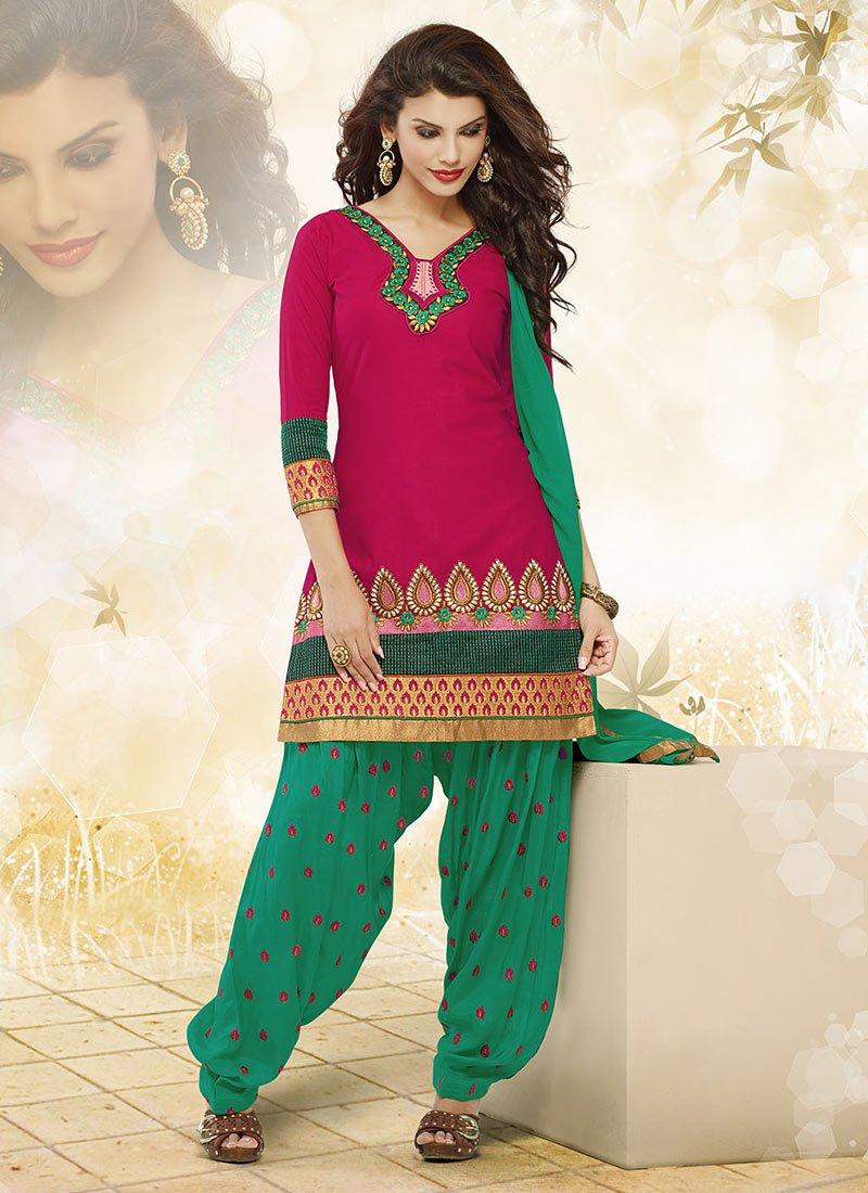 Latest Fashion of Designer Punjabi Dresses & Patiala Salwar Kameez Suits for Women (12)