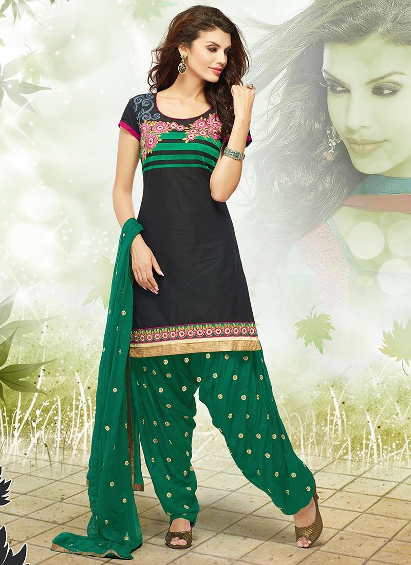Latest Fashion of Designer Punjabi Dresses & Patiala Salwar Kameez Suits for Women (16)
