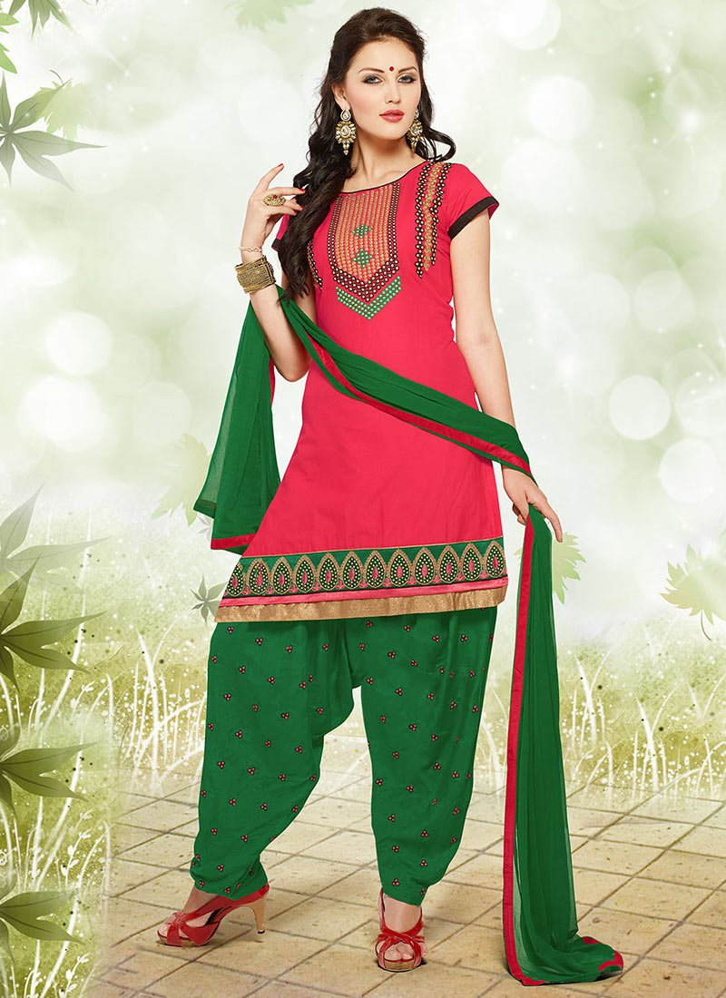 Latest Fashion of Designer Punjabi Dresses & Patiala Salwar Kameez Suits for Women (17)