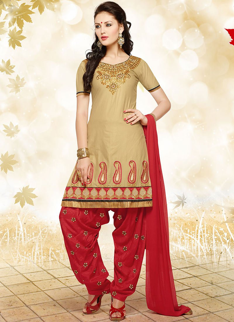 Latest Fashion of Designer Punjabi Dresses & Patiala Salwar Kameez Suits for Women (18)
