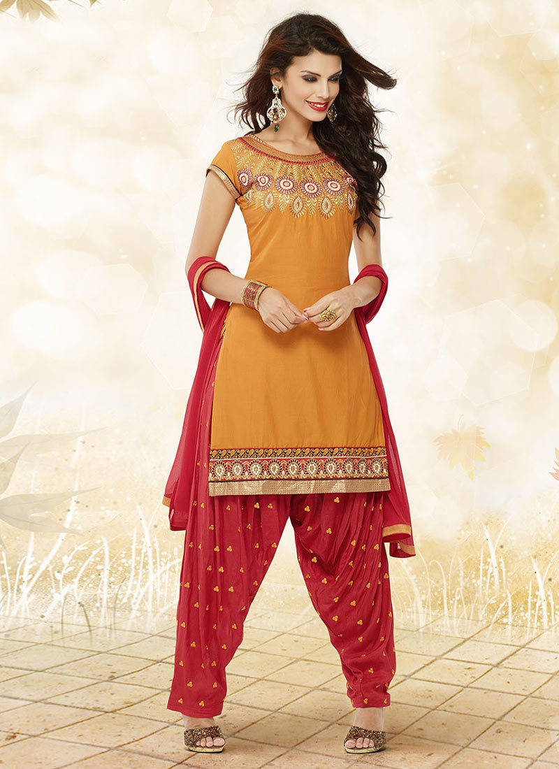 Latest Fashion of Designer Punjabi Dresses & Patiala Salwar Kameez Suits for Women (3)