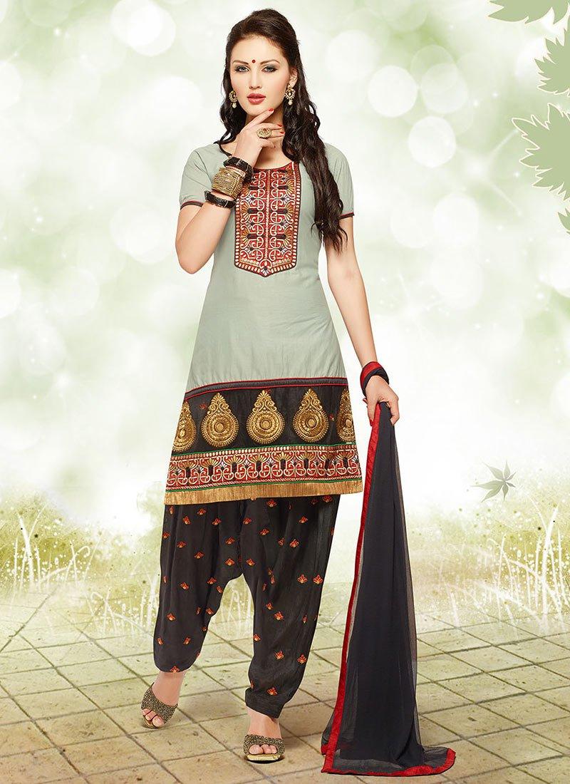 Latest Fashion of Designer Punjabi Dresses & Patiala Salwar Kameez Suits for Women (4)