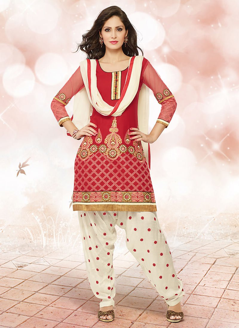 Latest Fashion of Designer Punjabi Dresses & Patiala Salwar Kameez Suits for Women (5)