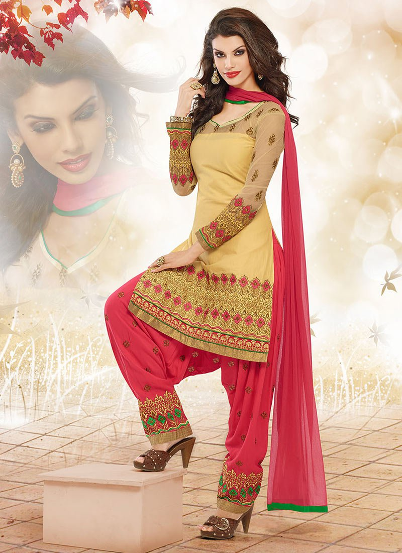 Latest Fashion of Designer Punjabi Dresses & Patiala Salwar Kameez Suits for Women (7)