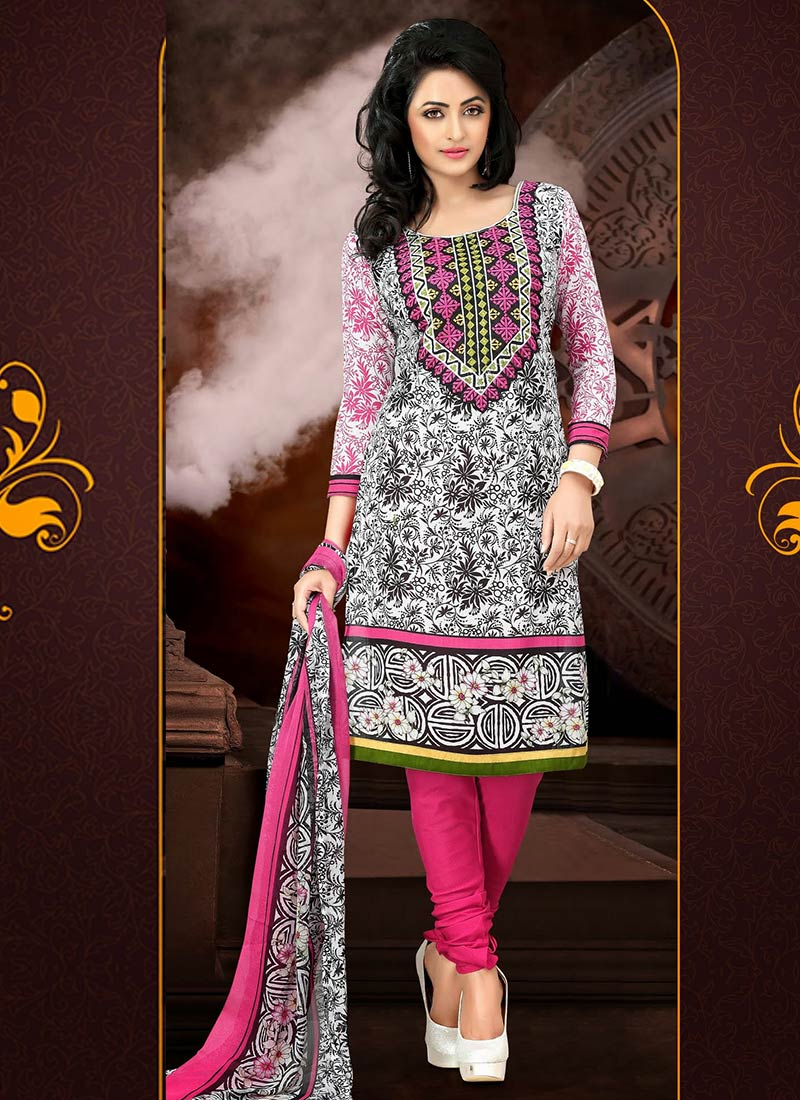 Latest Fashion of Designer Punjabi Dresses & Patiala Salwar Kameez Suits for Women (8)