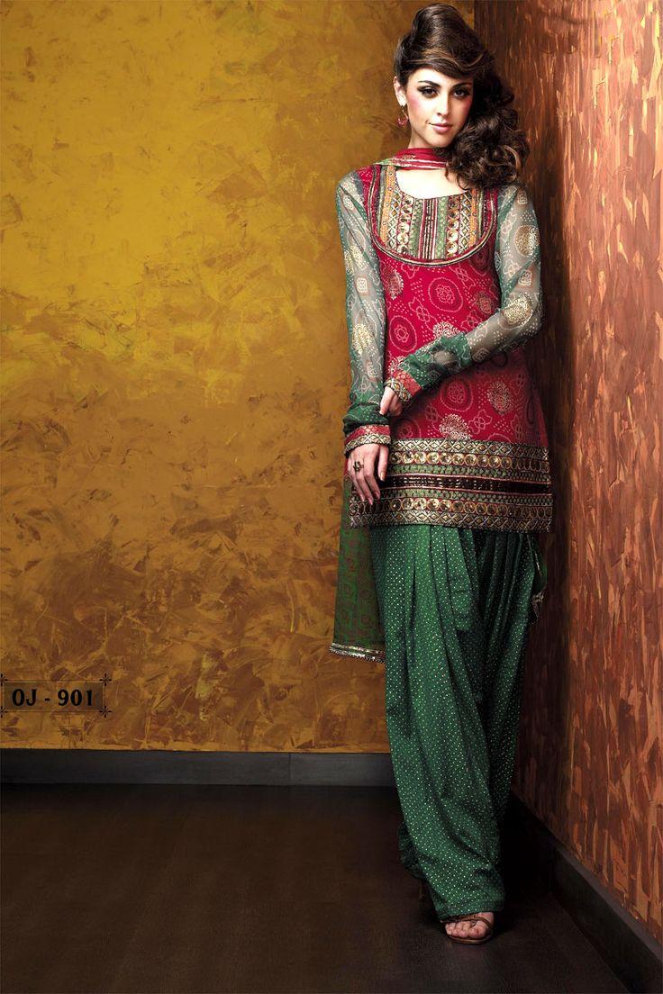 Latest Fashion of Designer Punjabi Dresses & Patiala Salwar Kameez Suits for Women@stylesgap (15)