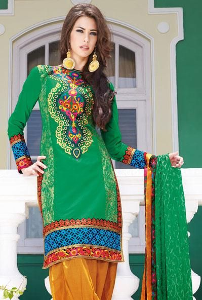 Latest Fashion of Designer Punjabi Dresses & Patiala Salwar Kameez Suits for Women@stylesgap (16)