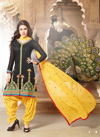 Latest Fashion of Designer Punjabi Dresses & Patiala Salwar Kameez Suits for Women@stylesgap (9)