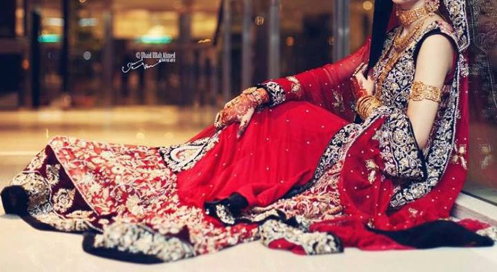 Latest Pakistani & Indian Best Wedding Dresses and Bridal Gowns for Women (28)