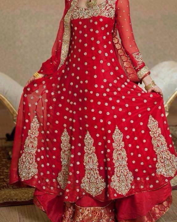 Latest Pakistani & Indian Best Wedding Dresses and Bridal Gowns for Women (34)