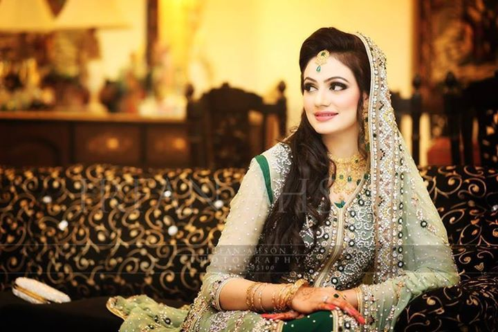 Latest Pakistani & Indian Best Wedding Dresses and Bridal Gowns for Women (42)