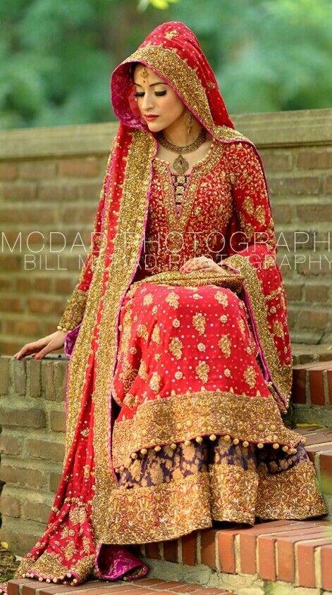 Latest Pakistani & Indian Best Wedding Dresses and Bridal Gowns for Women (5)