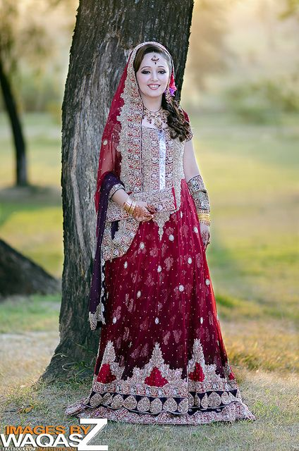 Latest Pakistani & Indian Best Wedding Dresses and Bridal Gowns for Women (58)
