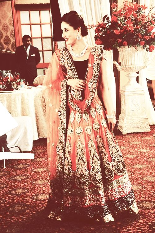 Latest Pakistani & Indian Best Wedding Dresses and Bridal Gowns for Women (69)