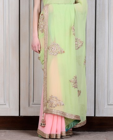 Manish Malhotra Latest Collection of Fancy and Embroidered Saree Designs for Women (36)