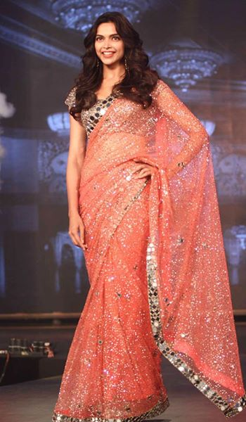 Manish Malhotra Latest Collection of Fancy and Embroidered Saree Designs for Women (8)