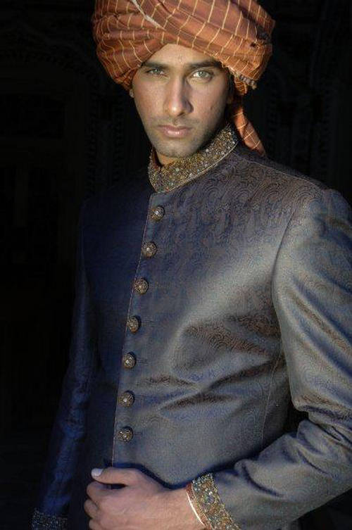 Latest Fashion Men Wedding Dresses & Sherwani Designs Collection by Amir Adnan (28)