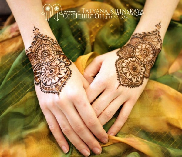 New Stylish & Perfect Mehndihenna Designs Collection Easy to Try for weddings and parties@stylesgap (7)