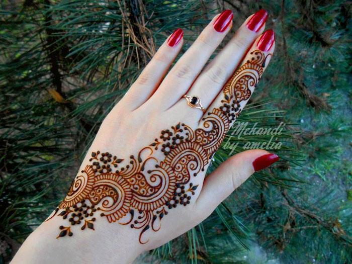 Mehndi Henna Designs : Latest stylish mehndi designs for weddings & parties 2017 18