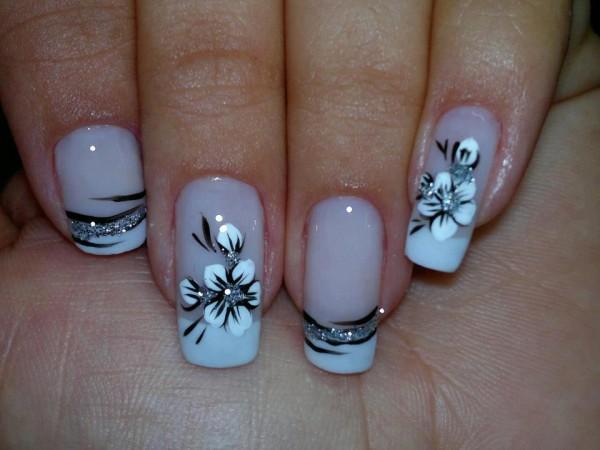 Latest & Stylish Nail Art Designs & Manicure Ideas for Girls@stylesgap.com15)