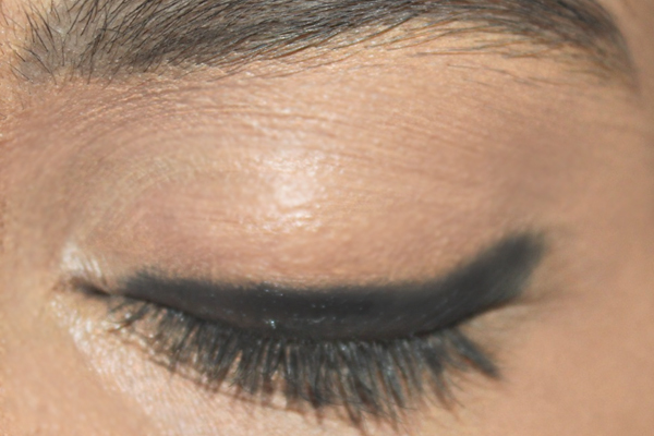 10 Most Simple & Best Steps for Asian Bridal Makeup - Step by Step Impressive Makeover Tutorial with Pictures (3)