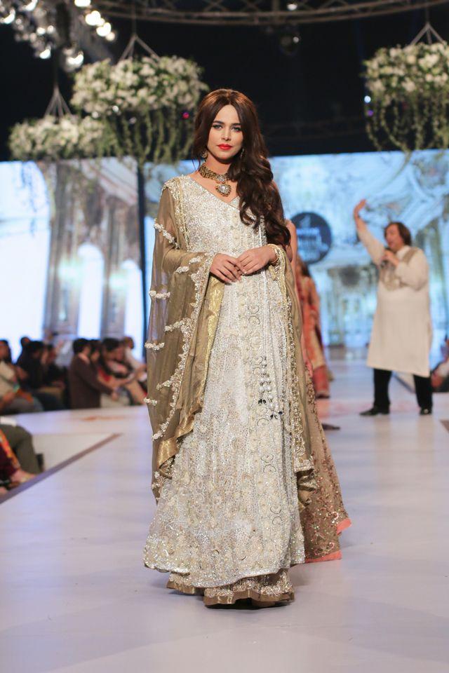 Indian & Pakistani Latest Fashion of Top Designer Fancy Party wear & Stylish Bridal Anarkali Suits for Women (15)