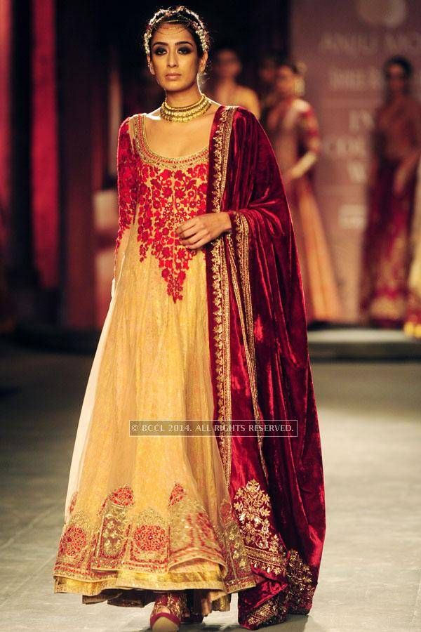 Indian & Pakistani Latest Fashion of Top Designer Fancy Party wear & Stylish Bridal Anarkali Suits for Women (8)