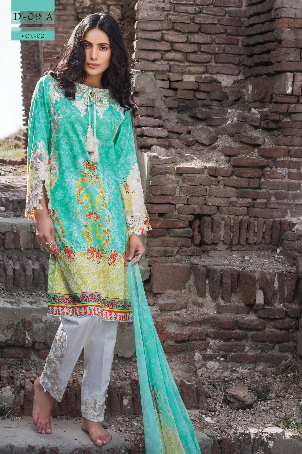 Zeniya Lawn By Deepak Perwani Pret & Printed Suits Eid Collection 2016-2017 (11)