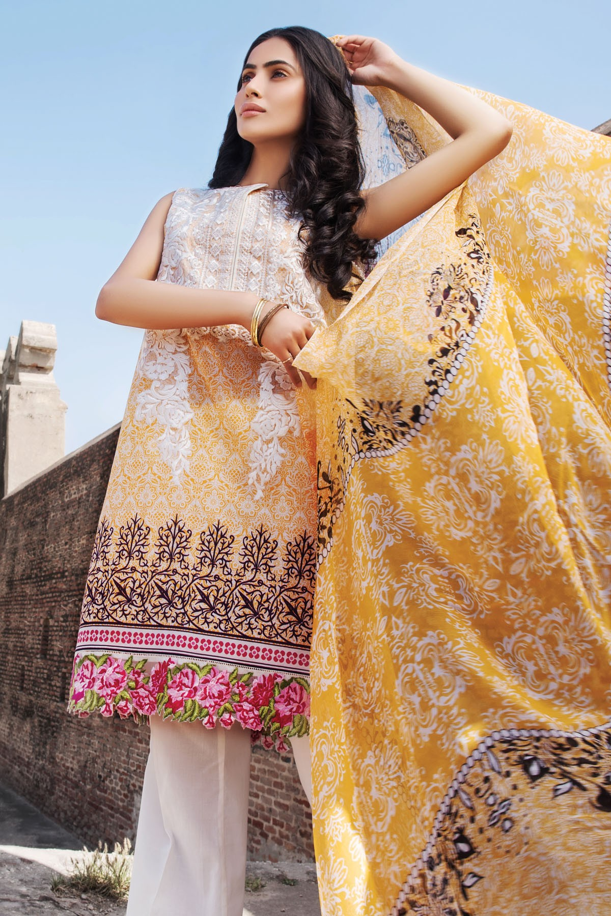 Zeniya Lawn By Deepak Perwani Pret & Printed Suits Eid Collection 2016-2017 (13)