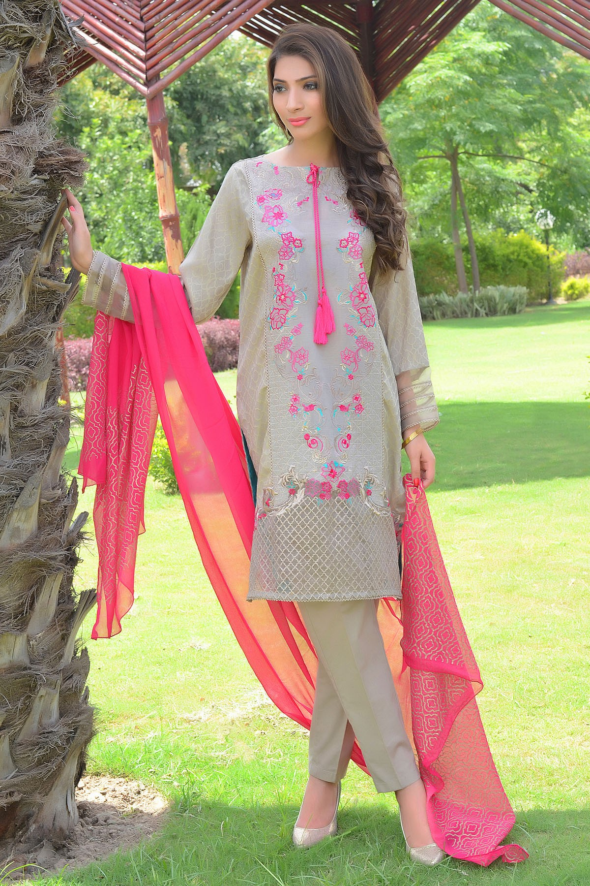 Zeniya Lawn By Deepak Perwani Pret & Printed Suits Eid Collection 2016-2017 (21)
