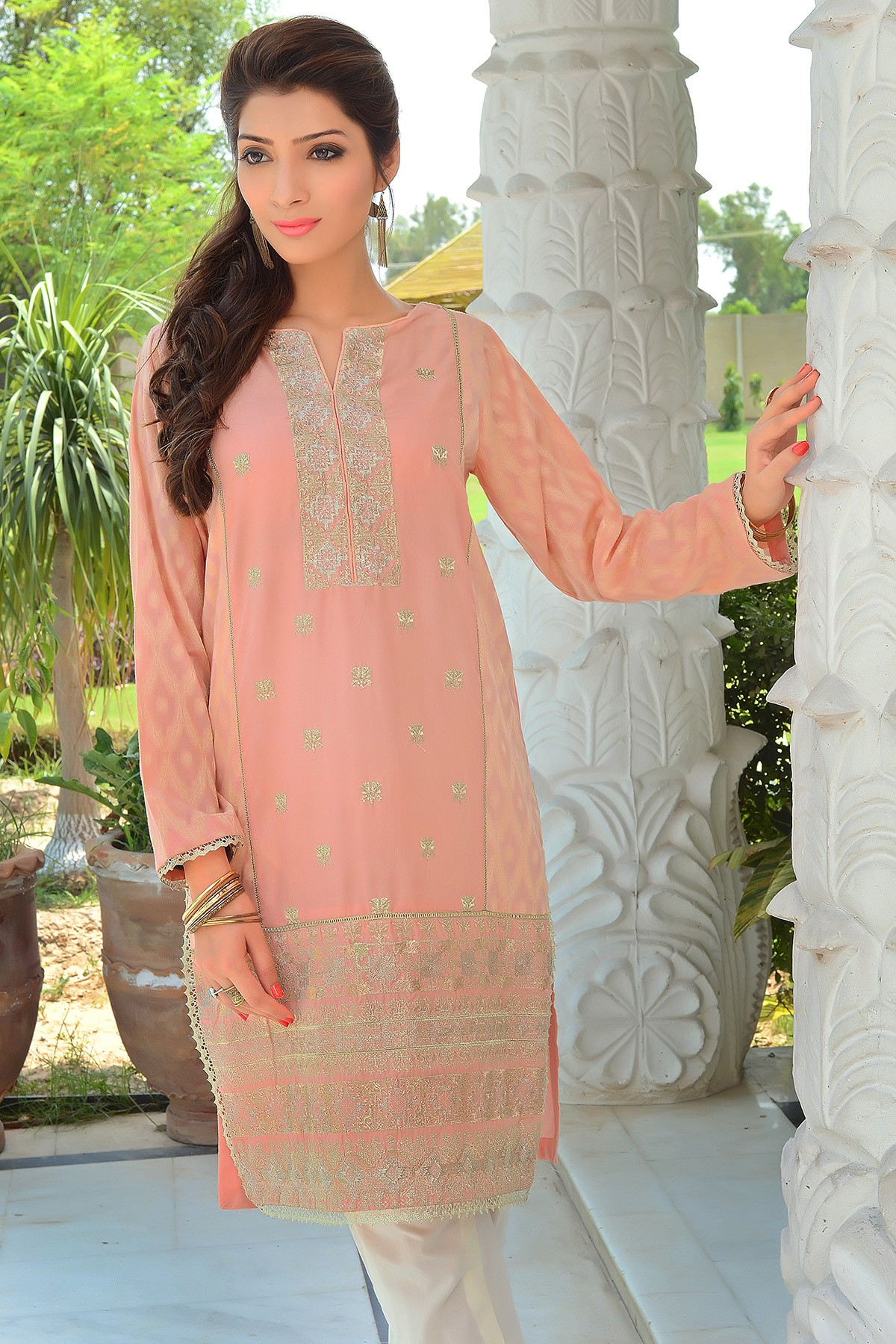 Zeniya Lawn By Deepak Perwani Pret & Printed Suits Eid Collection 2016-2017 (9)