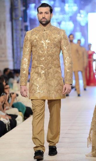 Best Pakistani Fashion Designer Bridal Collections at PFDC L'Oreal Paris Bridal Couture Week 2014-2015 - Hussan Shehryar Yasin HSY (1)