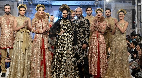Best Pakistani Fashion Designer Bridal Collections at PFDC L'Oreal Paris Bridal Couture Week 2014-2015 - Hussan Shehryar Yasin HSY (2)