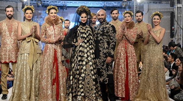 Best Pakistani Fashion Designer Bridal Collections at PFDC L'Oreal Paris Bridal Couture Week 2014-2015 - Hussan Shehryar Yasin HSY (2)
