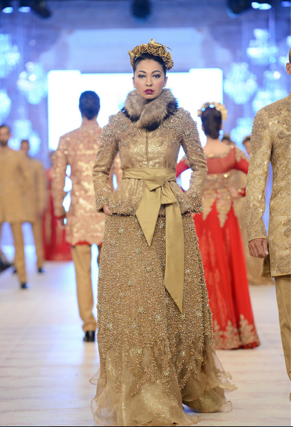 Best Pakistani Fashion Designer Bridal Collections at PFDC L'Oreal Paris Bridal Couture Week 2014-2015 - Hussan Shehryar Yasin HSY (3)