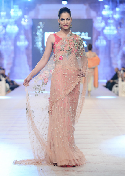 PFDC L'Oreal Paris Bridal Couture Week 2014-2015