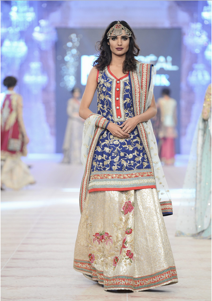 Best Pakistani Fashion Designer Bridal Collections at PFDC L'Oreal Paris Bridal Couture Week 2014-2015 - Zara Shahjahan (1)