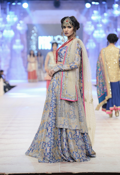 f2e81632 Best Pakistani Fashion Designer Bridal Collections at PFDC L'Oreal Paris  Bridal Couture Week 2014-2015 – Zara Shahjahan (2)