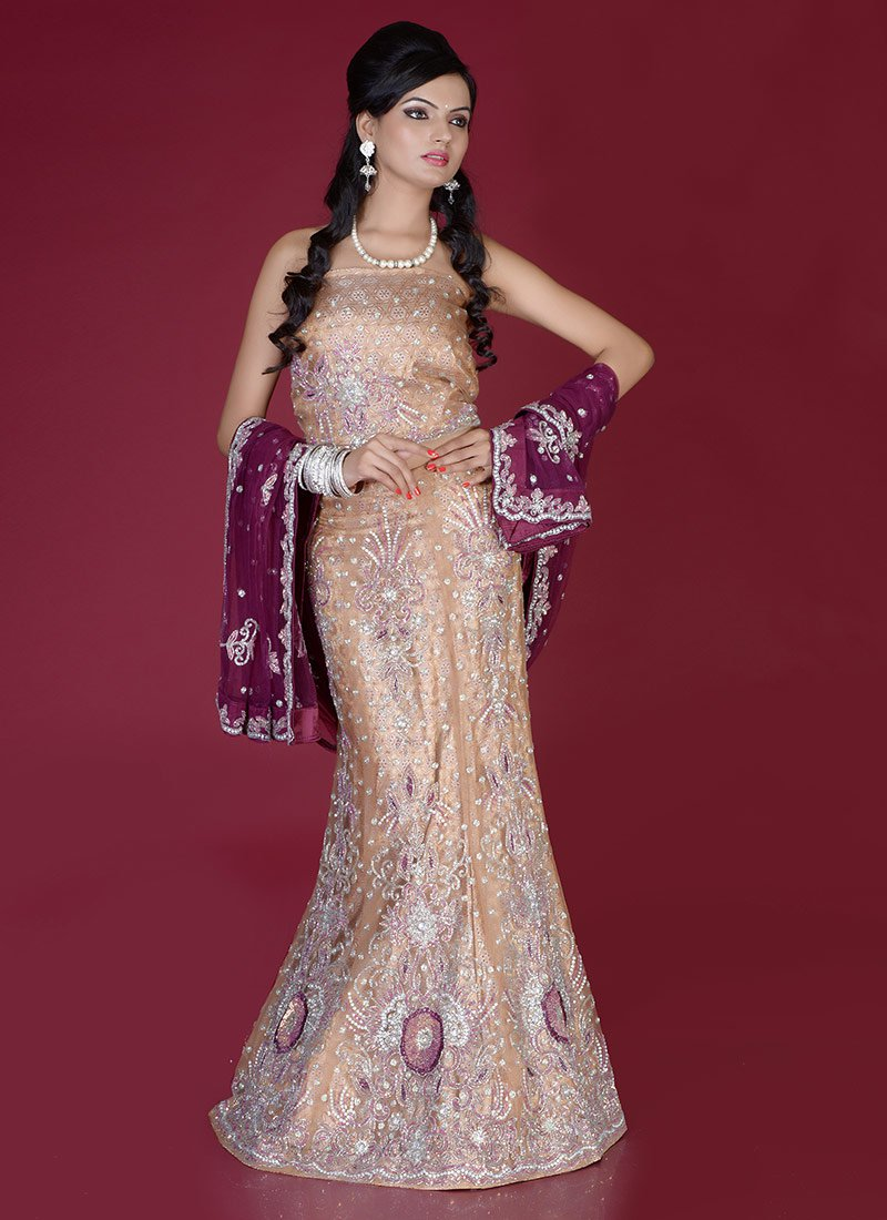Diwali-Special-Indian-Formal-dresses-for-Women (1)