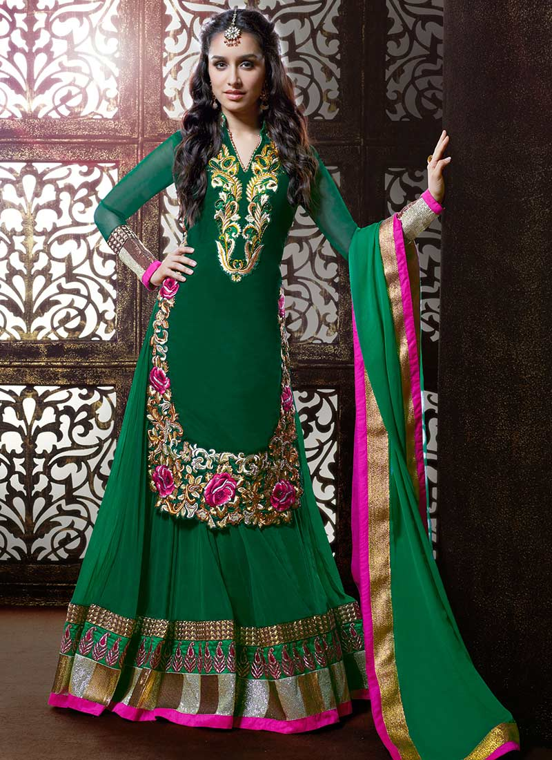 Diwali-Special-Indian-Formal-dresses-for-Women (36)