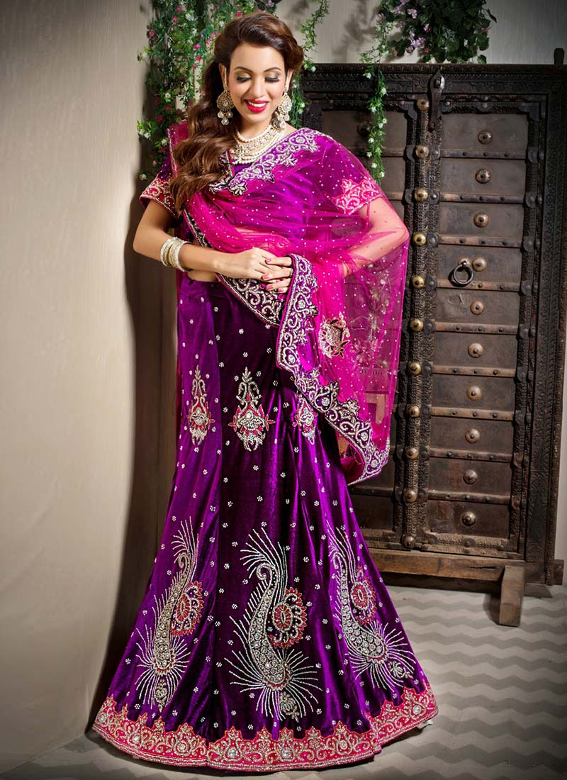 Diwali-Special-Indian-Formal-dresses-for-Women (41)