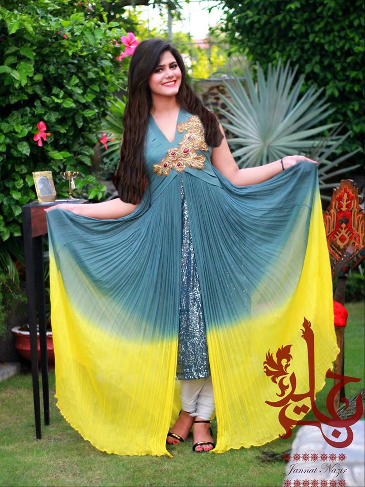 Latest Party Wear Maxi Dresses & Frocks Collection 2018-2019