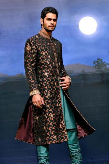 Latest Best Winter Dresses Collection for Men by Pakistani Brands 2014-2015 - Amir Adnan (1)