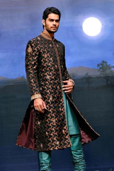 Latest Best Winter Dresses Collection for Men by Pakistani Brands 2014-2015 - Amir Adnan (1)