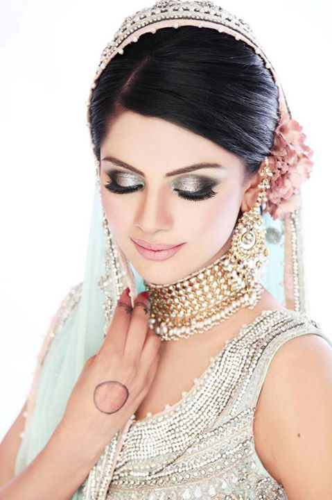 Latest-Bridal-makeup-ideas (12)
