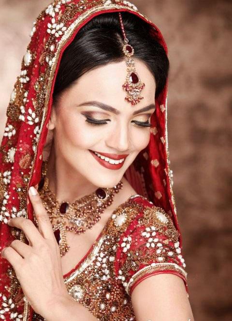 Latest Best Pakistani Bridal Makeup Tips & Ideas