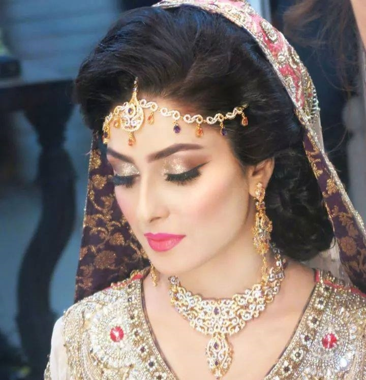 Latest Best Pakistani Bridal Makeup Tips & Ideas