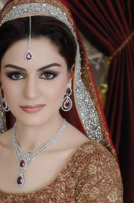 Latest-Bridal-makeup-ideas (32)