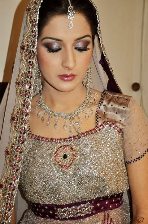 Latest-Bridal-makeup-ideas (7)