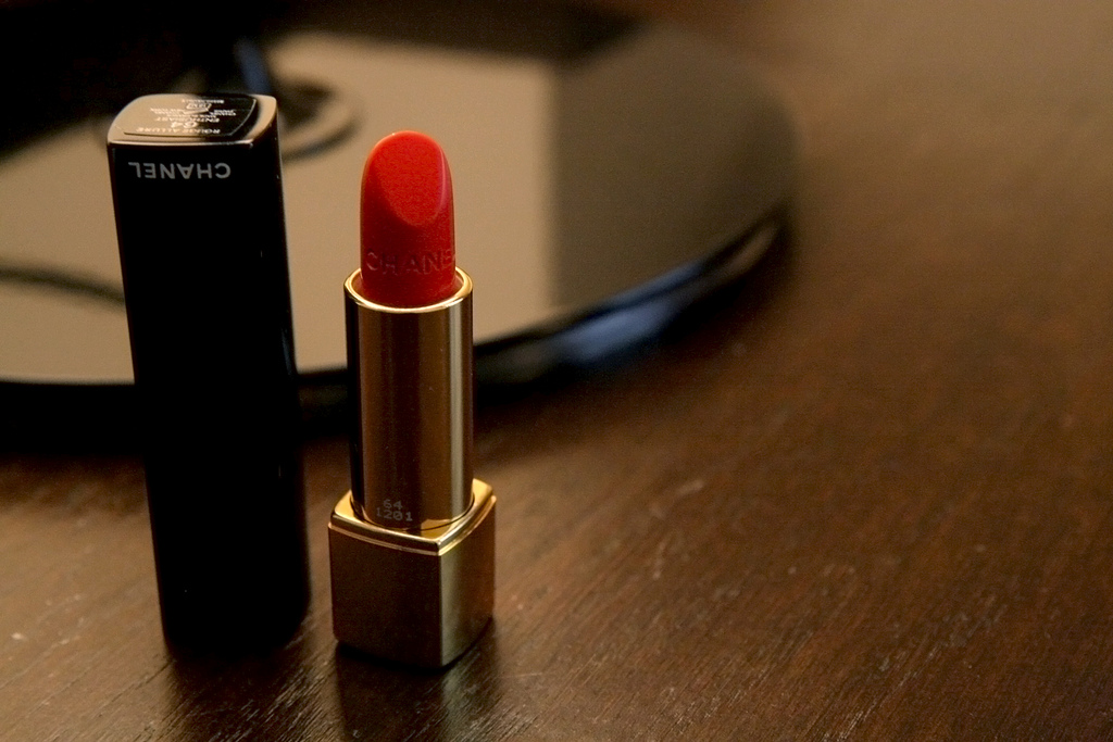 Top 10 Most Popular Lipsticks of all Time - Best Selling Brands  (2)